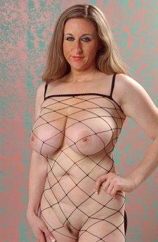 Thick Chick In Body FishnetKittyLee22